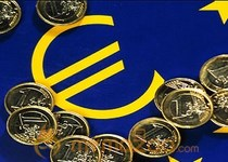 Euro up on new loan pledges to eurozone banks