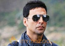 Not upset with Shirish: Akshay Kumar