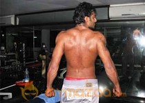 Prabhas 6 pack Body in Rajamouli Movie