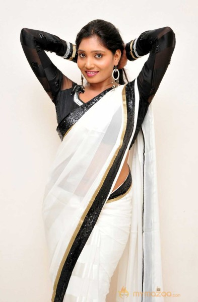 Eesha Black And  White Saree Pics